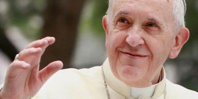 El portavoz del Vaticano, Federico Lombardi, desmintió el miércoles pasado dicha información, asegurando que el Pontífice no presenta tal padecimiento. Foto:Getty Images