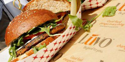 Para no irritarse entre comidas los médicos recomiendan ingerir alimentos todo el día. Foto:Getty Images