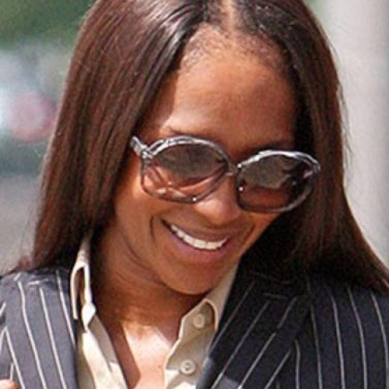 El cabello de una modelo con más de 10 años de carrera se somete a un trajín no recomendable para nadie. Foto:vía Getty Images