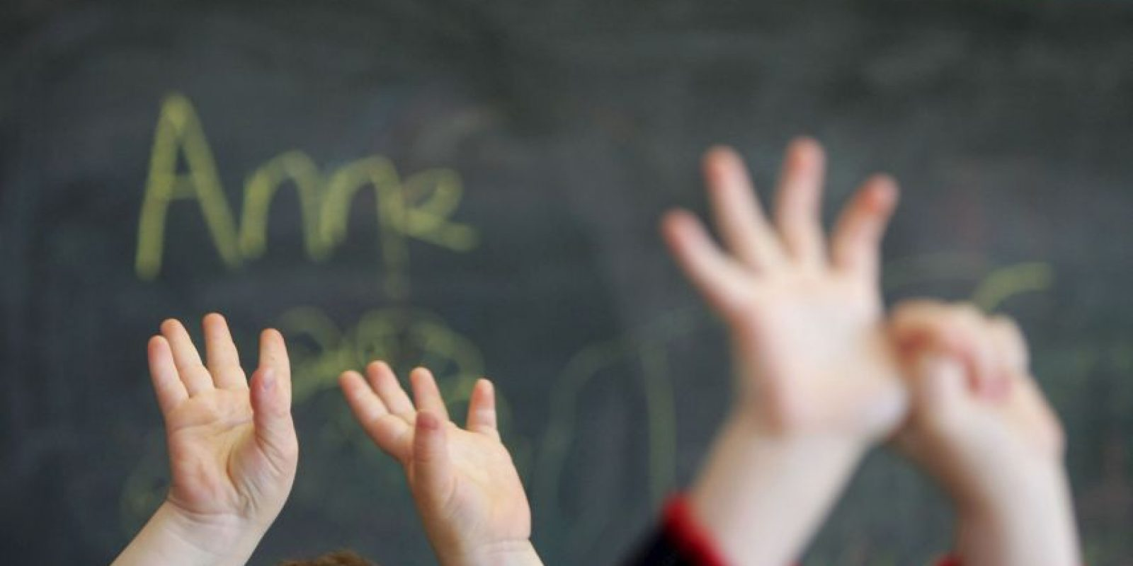 Mientras los niños eran cuidados por otros agentes. Foto:Getty Images