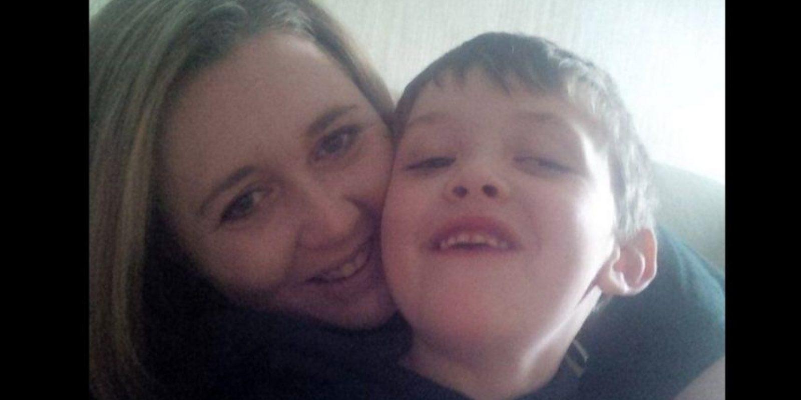 Evan Leversage es u niño que desde los dos años que pelea contra el cáncer cerebral Foto:Vía Twitter