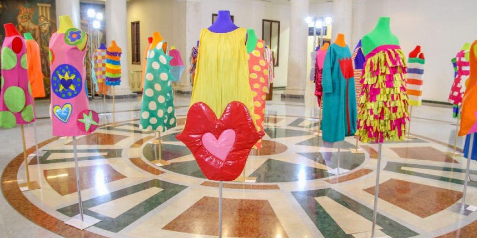 Agatha en Bellas Artes. Entre las actividades paralelas a los desfiles, destacó la inauguración de la exposición retrospectiva de la diseñadora Agatha Ruiz de la Prada en la Galería de Bellas Artes. Foto:Freddy Cruz