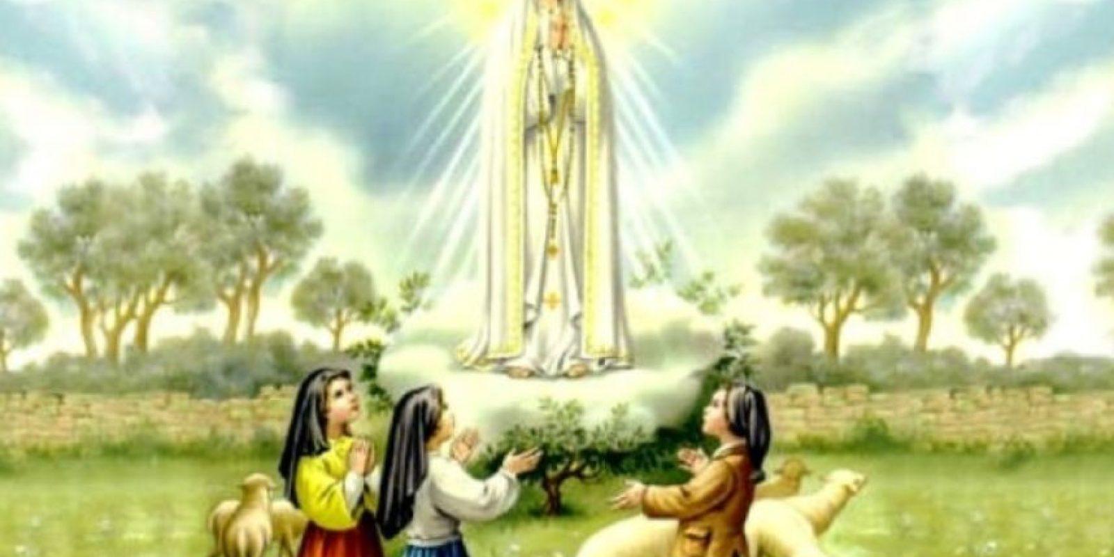 """Para los años 90, una supuesta """"cadena"""" circulaba en la web: supuestamente, la Virgen de Fátima advirtió que el mundo se acabaría con un gran terremoto y luego vendría un gas letal que mataría a muchos. Luego los demonios se esparcirían por la Tierra. Foto:Tumblr"""