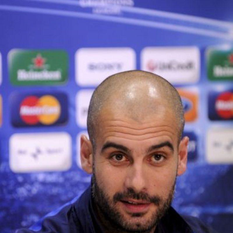"""Como respuesta a estas declaraciones, Pep Guardiola habló públicamente de Mourinho por primera vez, recordándole su pasado """"azulgrana"""". """"El señor Mou ha estado en esta casa y sabe que hacemos muchas cosas mal, pero siempre intentamos hacer lo mejor, allí le enseñamos a formarse como entrenador"""". Foto:Getty Images"""