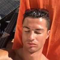 Ambos deportistas han sido vistos juntos en los últimos días y el marroquí se ha convertido en una de las personas más cercanas al portugués. Foto:Vía instagram.com/Cristiano