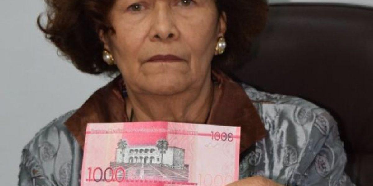 Defensora del Pueblo solicita al BC campaña para dar a conocer nuevos billetes
