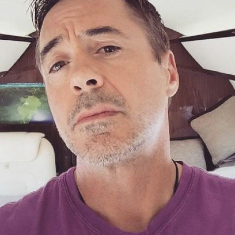 """""""Posdata: ¿Te gustaría venir al estreno de """"Capitán América: Civil War"""" en Los Ángeles?, escribió el actor junto a la fotografía. Foto:Instagram/robertdowneyjr"""
