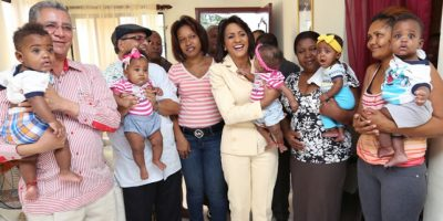 Despacho de la Primera Dama inicia construcción de la casa de sextillizos