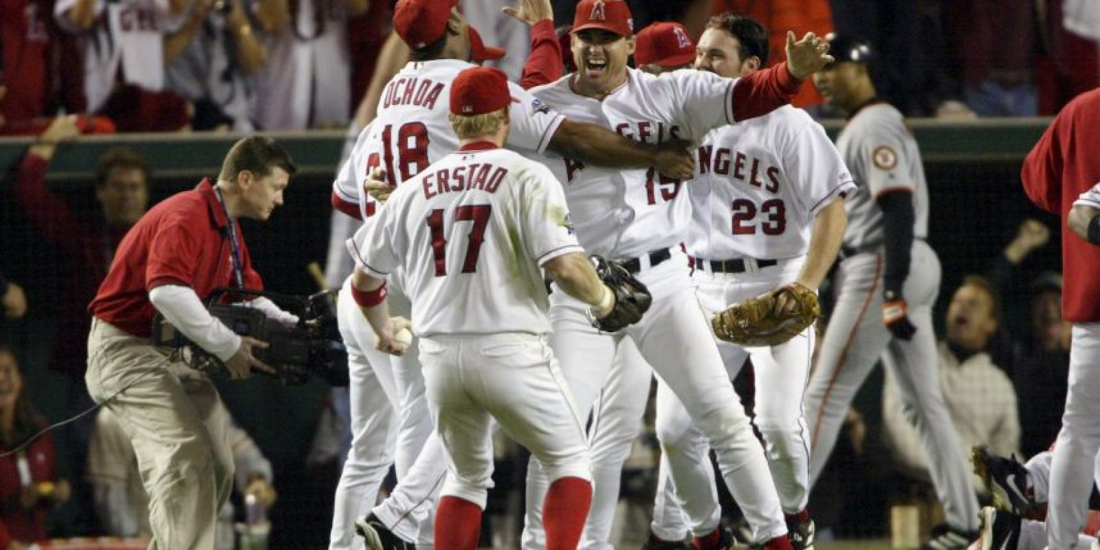 2002 – Angels de Anaheim / Vencieron a los Gigantes de San Francisco en siete juegos. Foto:Getty Images