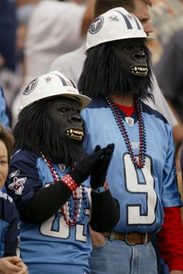 """Estos seguidores de los Titans de Tenesse llegaron del """"Planeta de los Simios"""". Foto:Getty Images"""