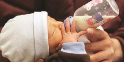 La industria de la leche materna en línea