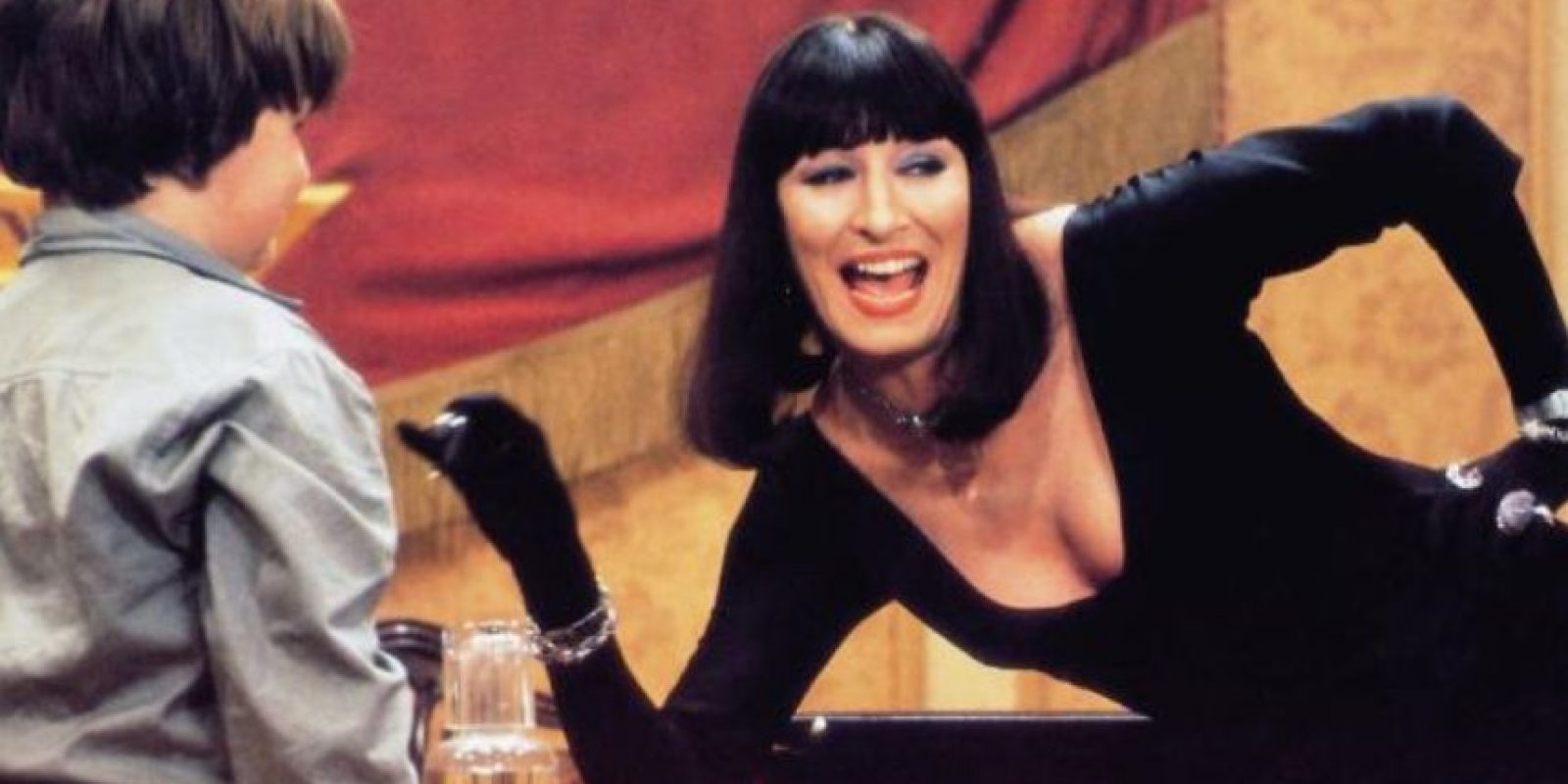 """Y la principal villana de """"Las Brujas"""", película de 1990 adaptada del libro de Roald Dahl. Foto:vía Warner Bros"""