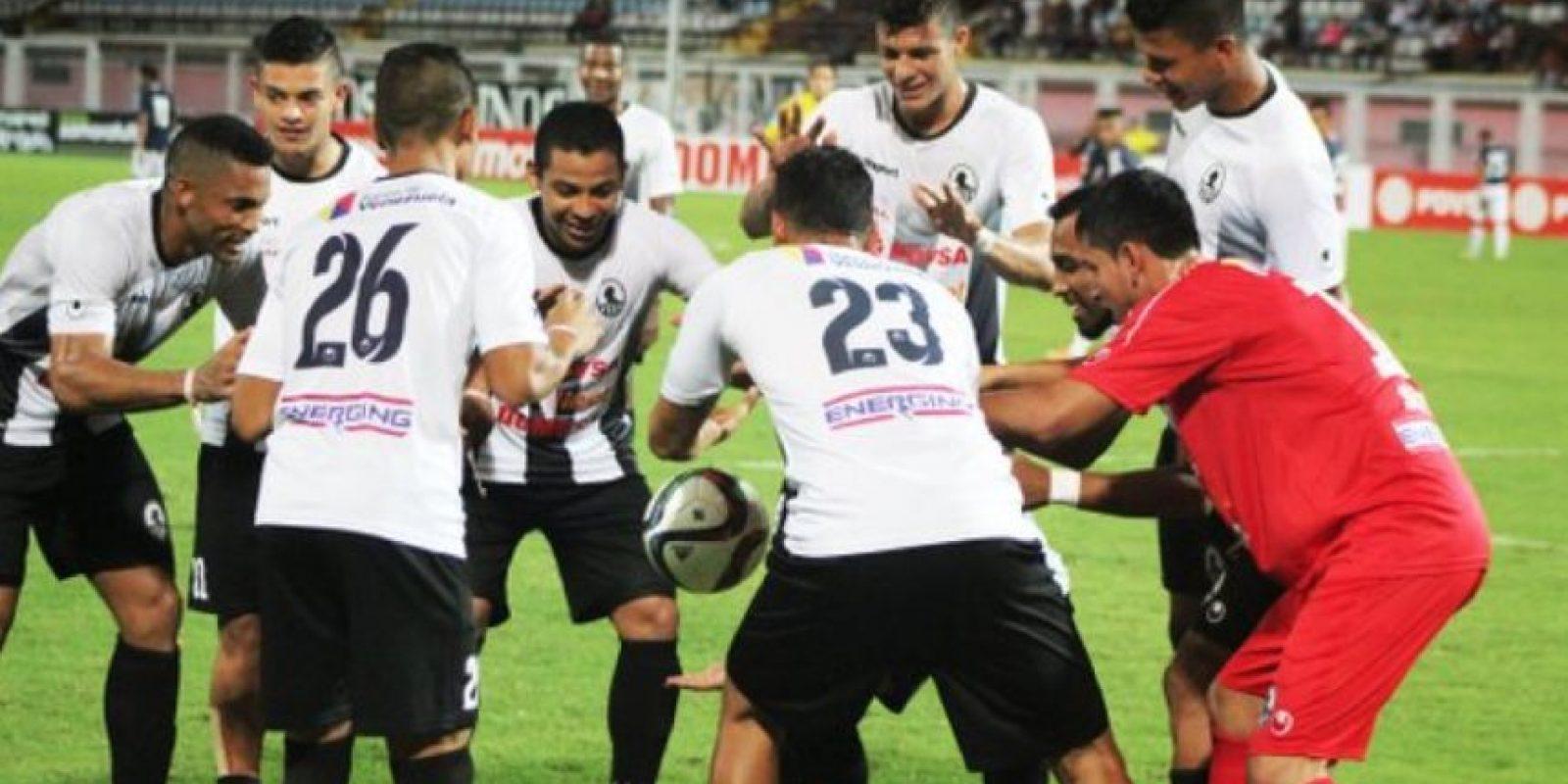 Suman 30 puntos, uno menos que Deportivo La Guaira. Foto:Vía twitter.com/zamoraFC