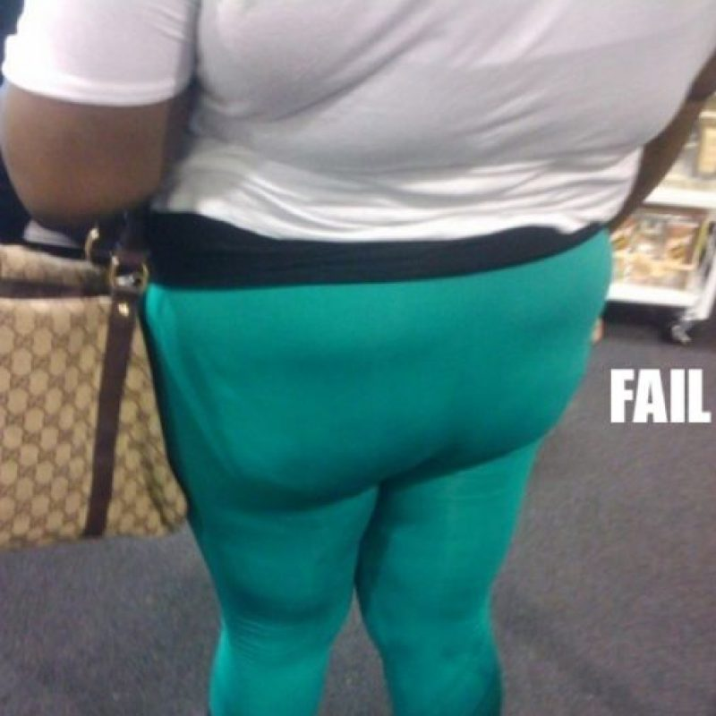 Si la mujer es mucho más curvilínea o plus size, puede pensar en atuendos que la favorezcan y la vean proporcionada. Foto:vía NoWayGirl
