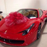 Y hace costosos regalos de este tipo a sus allegados. Foto:Vía instagram.com/FloydMayweather