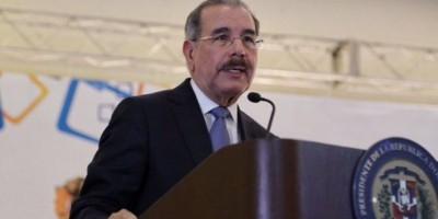 Medina subraya avances en transparencia en compras y contrataciones