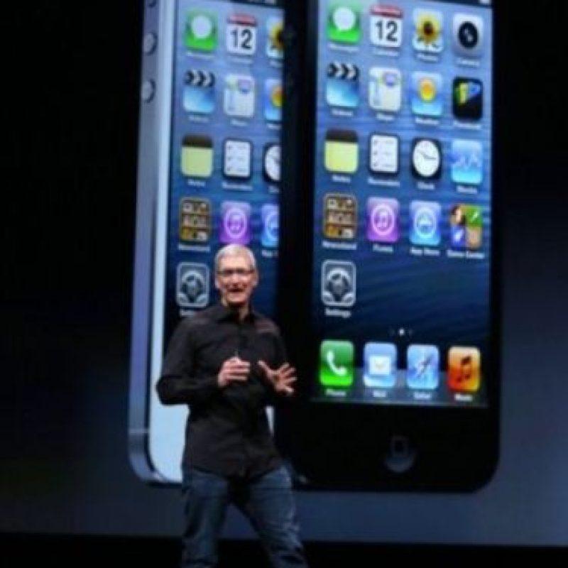 Tim Cook en la presentación del iPhone 5 el 12 de septiembre de 2012. Foto:Getty Images