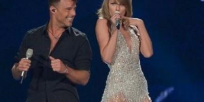 Taylor Swift y Ricky Martin en concierto