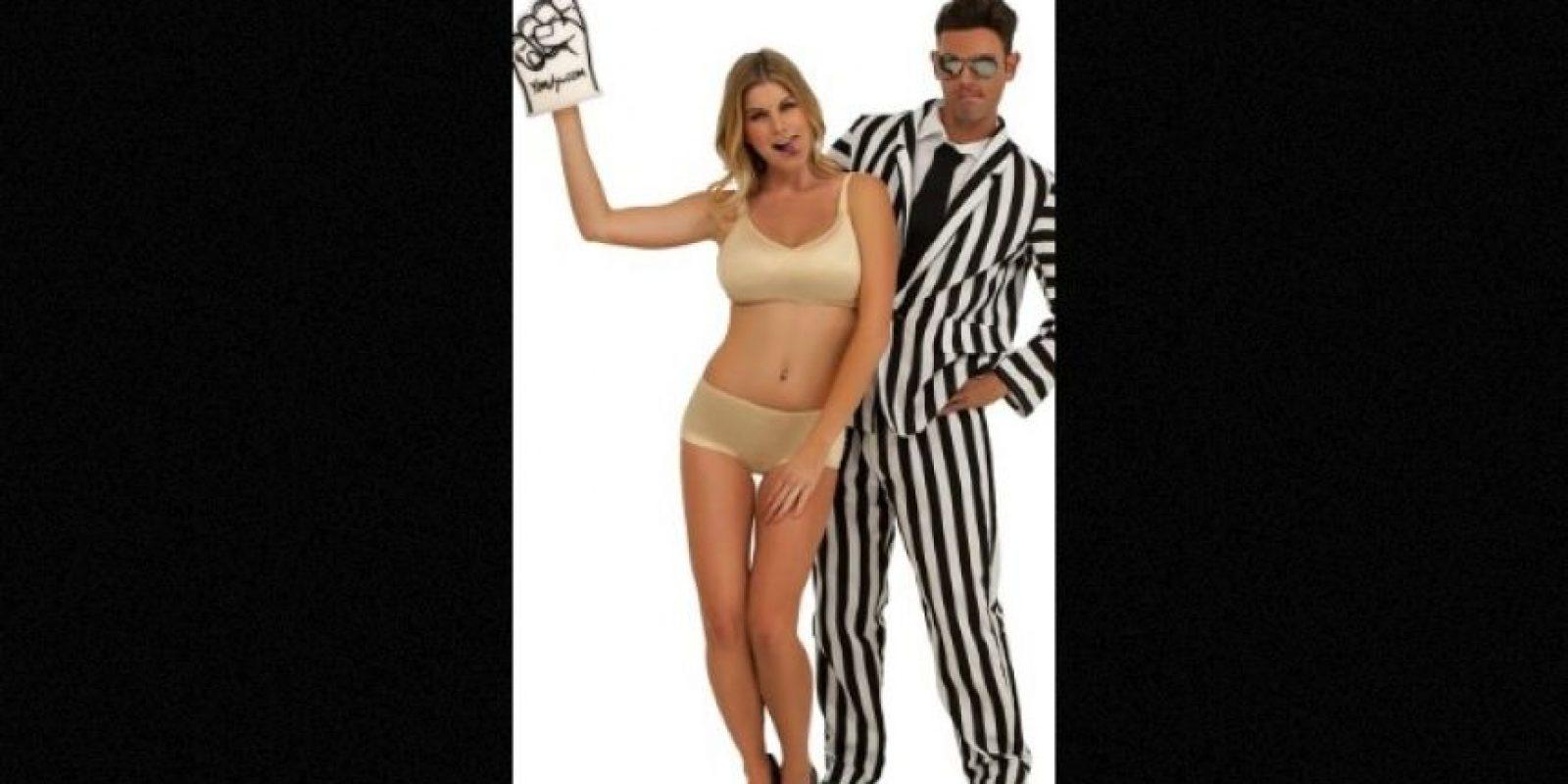 El disfraz que utilizó Paris Hilton de Miley Cyrus en los premios MTV VMA's 2013 es uno de los más populares en internet. Foto: yandy.com