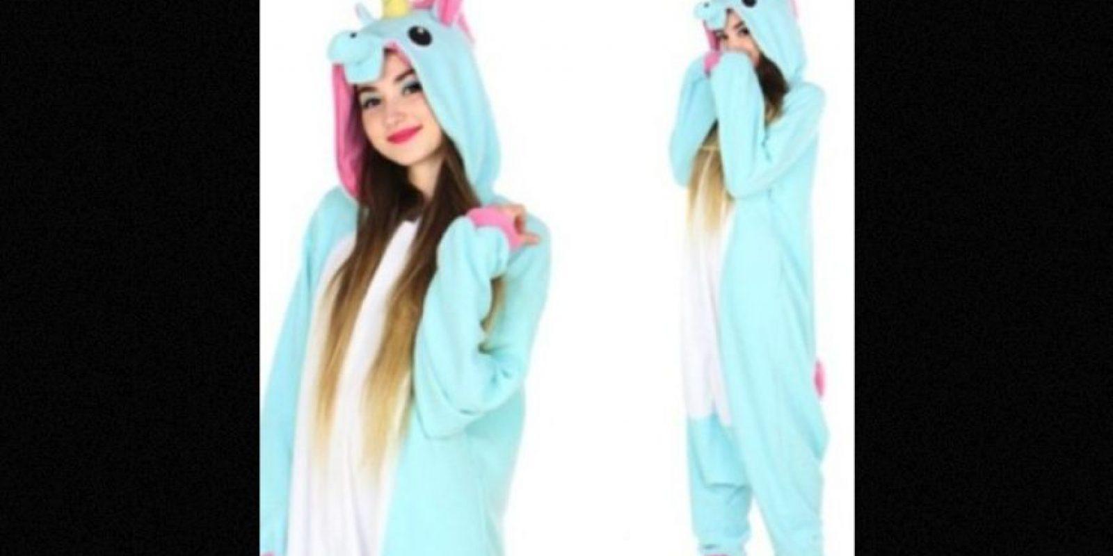 Este unicornio azul tiene un costo de 65 dólares en la tienda Kigu. Foto:kigu.co.uk
