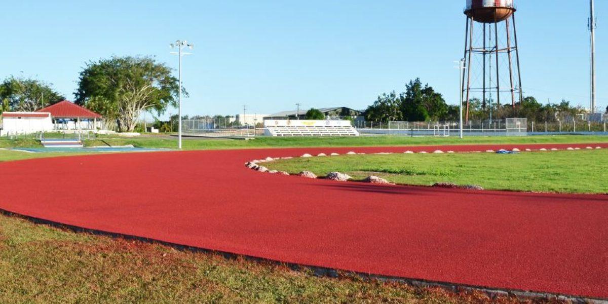Fuerza Aérea hizo pista de atletismo