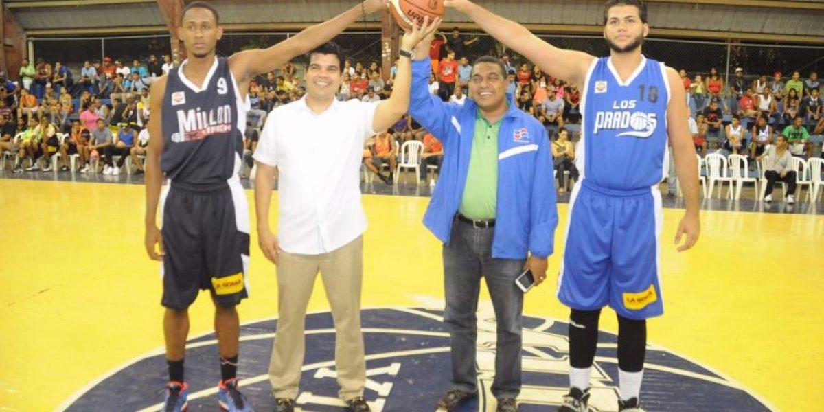 Copa Wellington Arnaud reconoce a equipo Maxibaloncesto