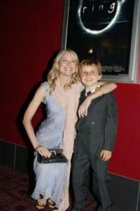 David tenía 7 años cuando realizó esta película con Naomi Watts. Foto:Getty Images
