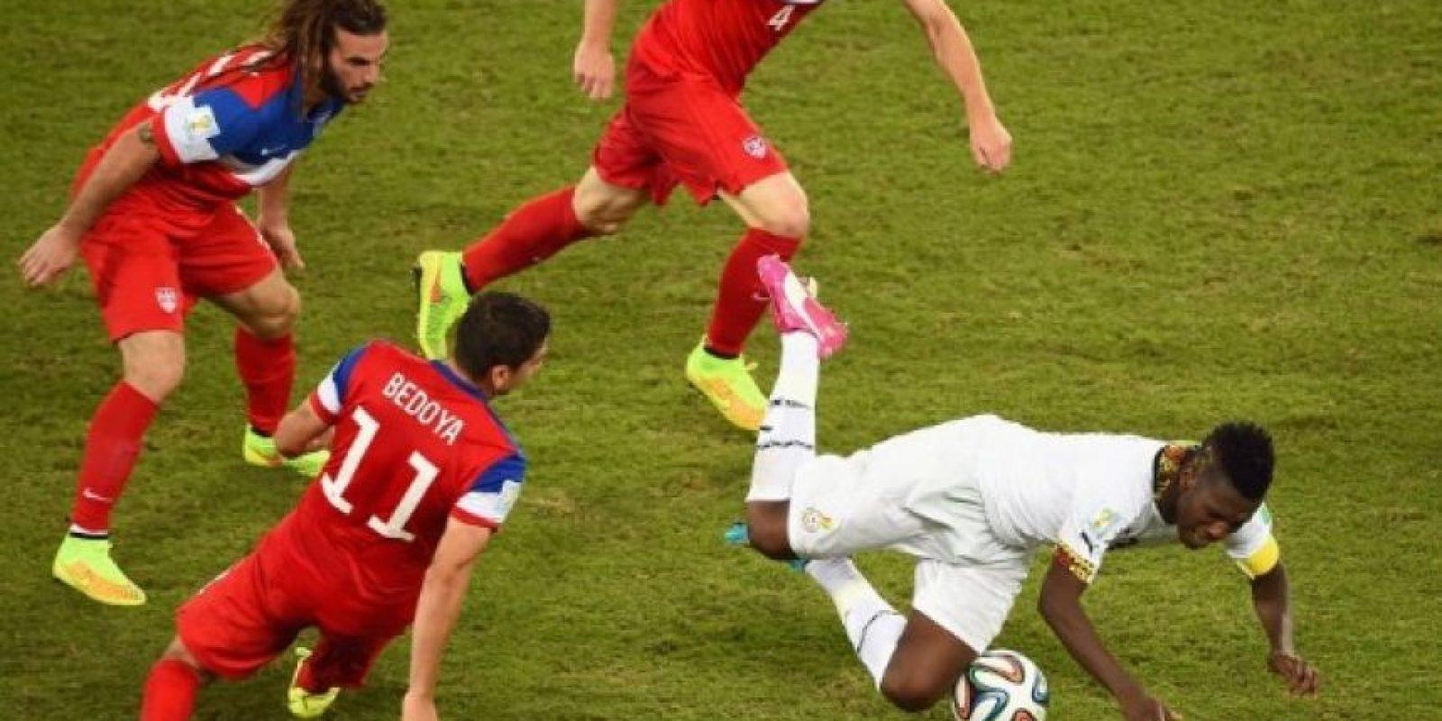 Asamoah Gyan es uno de los futbolistas más reconocidos en Ghana. A sus 28 años ha participado en los Mundiales de Alemania 2006, Sudáfrica 2010 y Brasil 2014; entre otras encuentros. Foto:Getty Images