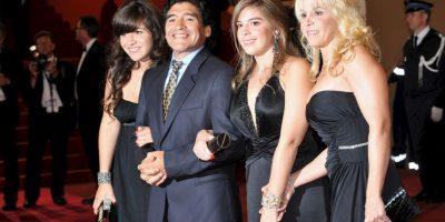 Fotos: Las 11 mujeres de la vida de Diego Maradona