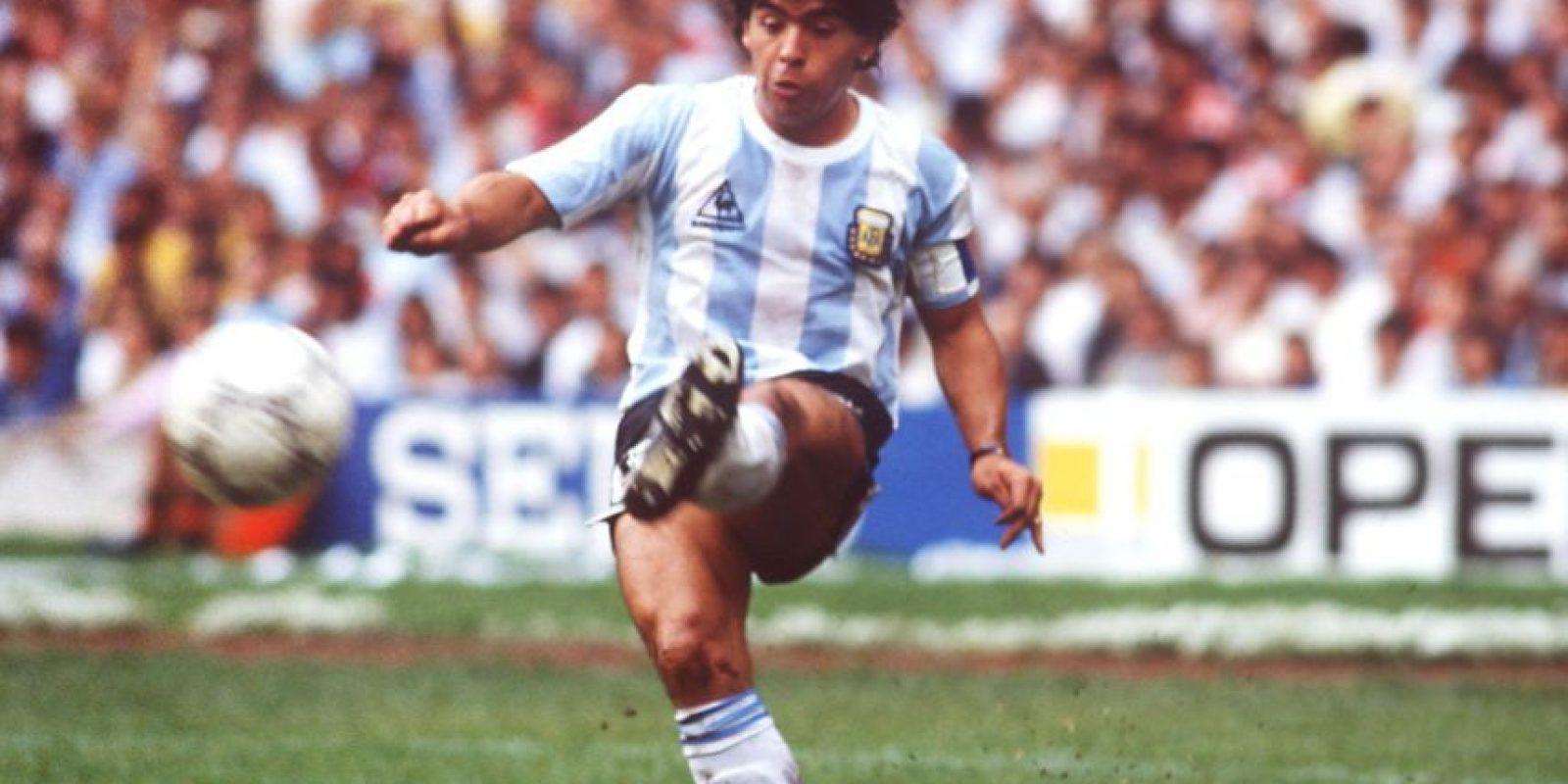 """Comenzó a jugar al fútbol en """"Las Siete Canchitas"""" de Buenos Aires, e ingresó a las filas de Argentinos Juniors en las divisiones inferiores. Foto:Getty Images"""