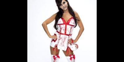 Rosa Mendes como enfermera zombie. Foto:WWE