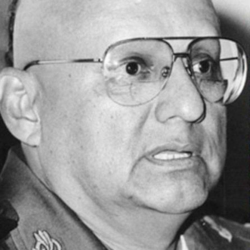 Él fue un general de división del Ejército Mexicano, quien fue condenado a 40 años de prisión por múltiples cargos, incluida la delincuencia organizada. Foto:Pinterest