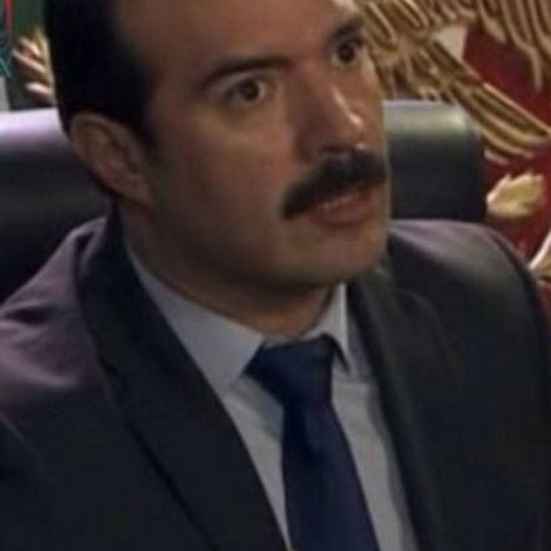 Ernesto Zedillo Ponce de León era Lic. Arturo Benitez, y fue Roberto Uscanga quien interpretó el papel Foto:Telemundo