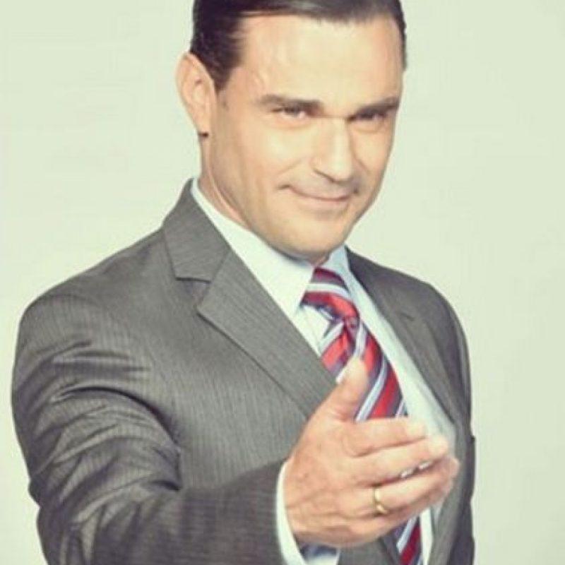 Felipe Calderón Hinojosa era Enrique Morejón, papel realizado por Carlos Torres Foto:Telemundo