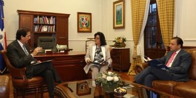 Montalvo impulsa la agenda legislativa con los presidentes de las Cámaras