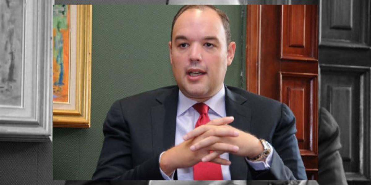 Ministro de Industria y funcionario de Sudáfrica analizan futuras inversiones
