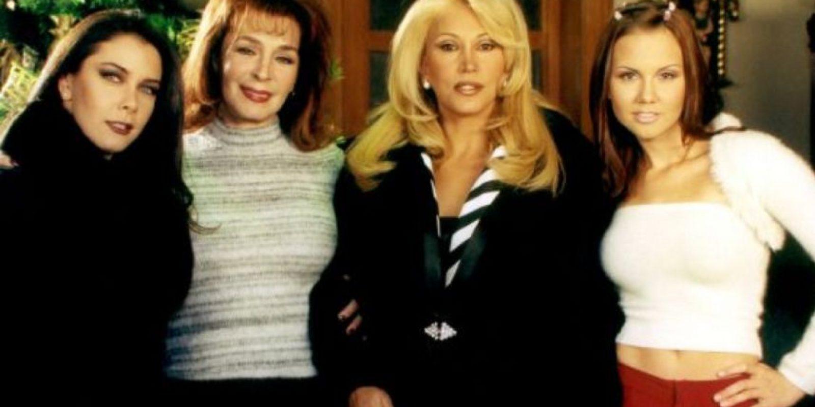 """""""Mujeres Engañadas"""" contaba la historia de cuatro parejas que vivían en el mismo edificio y que sufrían un fenómeno muy común: la infidelidad. Foto:vía Televisa"""