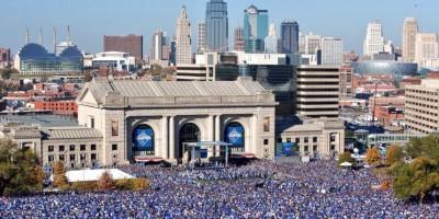 500 mil personas salen a las calles de Kansas City a celebrar con los Reales