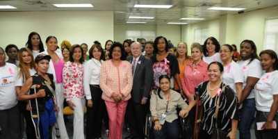 Comité organizador de los Juegos de la Mujer realiza charla para la prevención del cáncer de mama