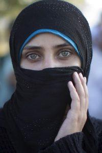A través de Internet, circula un documento filtrado en el que se muestran los precios que ha establecido Estado Islámico por sus mujeres, ya sean yizadís o cristianas. Foto:Getty Images