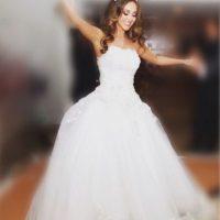Así lució hace unos meses en su boda. Foto:Vía instagram.com/anahi/