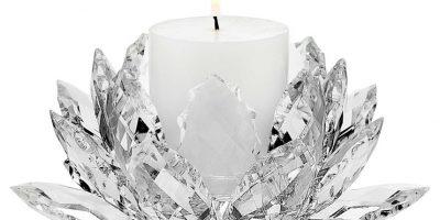 Todo está en los detalles. Las piezaspequeñas, como este candelabro, complementan la decoraciónde una manera sencilla y elegante. Foto: FUENTE EXTERNA