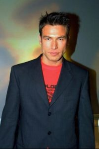 Inició su carrera como cantante en el popular grupo Garibaldi Foto:Televisa