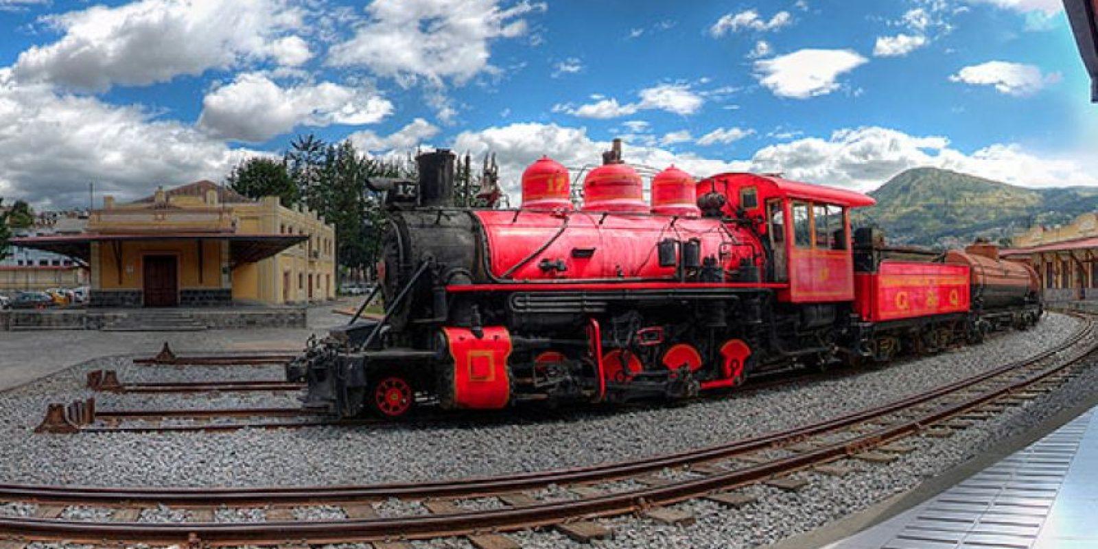 Chimbacalle, la casa del tren ecuatoriano, ofrece un viaje en tren con la oportunidad de observar la avenida de los volcanes en los Andes ecuatorianos Foto:Vía quito.com.ec