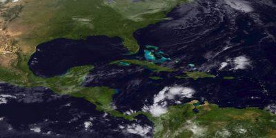 Normalmente, esos no representarían amenaza alguna, pero en el espacio los desechos se desplazan a gran velocidad. Foto:Getty Images