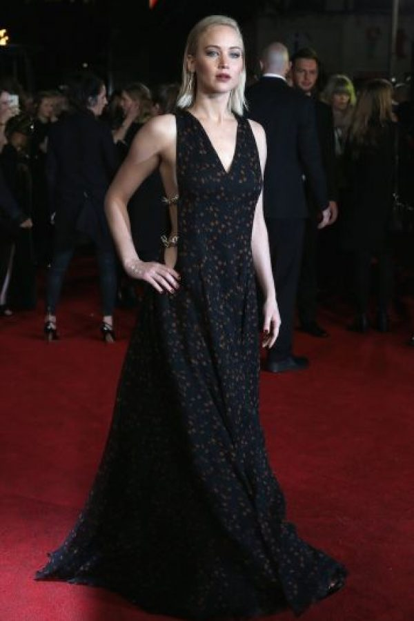 Este 5 de noviembre, la estrella sorprendió on otro escotado vestido. Foto:Getty Images