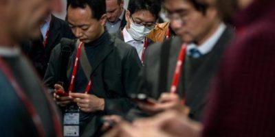La comunicación en el siglo XXI es mediante mensajería móvil. Foto:Getty Images