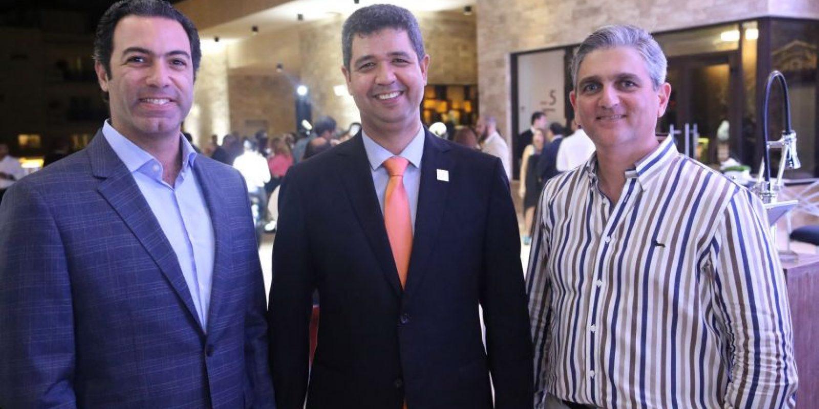 Jorge Montalvo, Katingo Santelises y Alejandro Santelises Foto:Fuente Externa