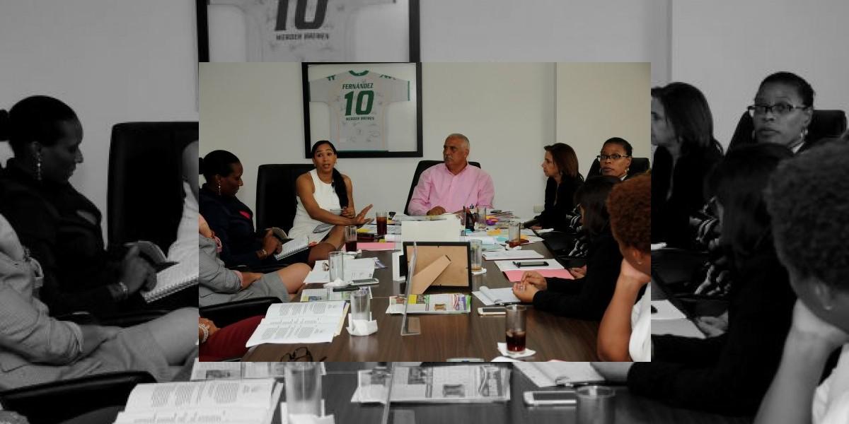 Avanzan trabajos Juegos de la Mujer; Milagros Cabral afirma vendrán innovaciones