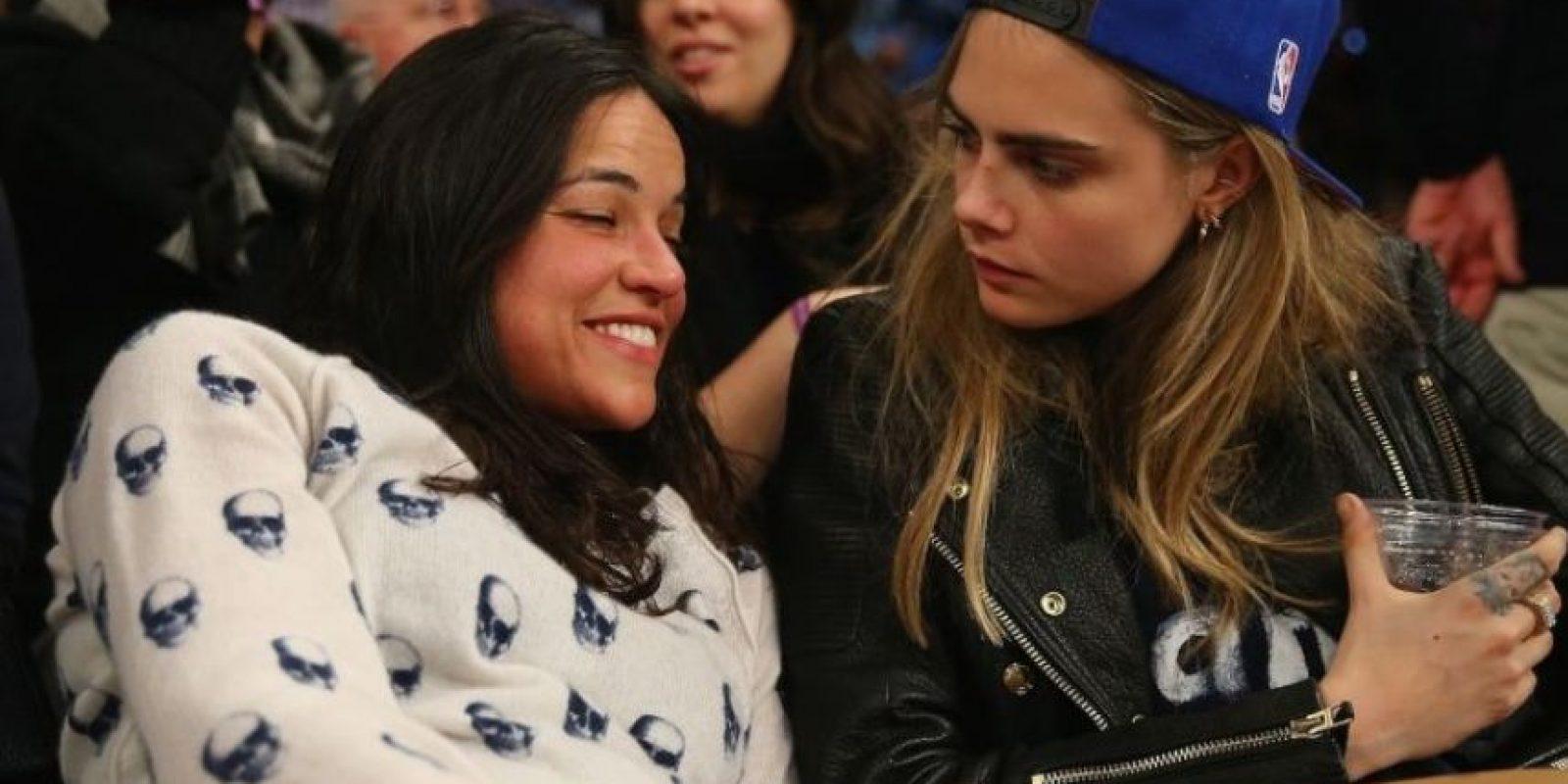 En meses pasados, Michelle causó gran polémica por terminar su romance con la exmodelo Cara Delevingne para salir con el actor Zac Efron. Foto:Getty Images